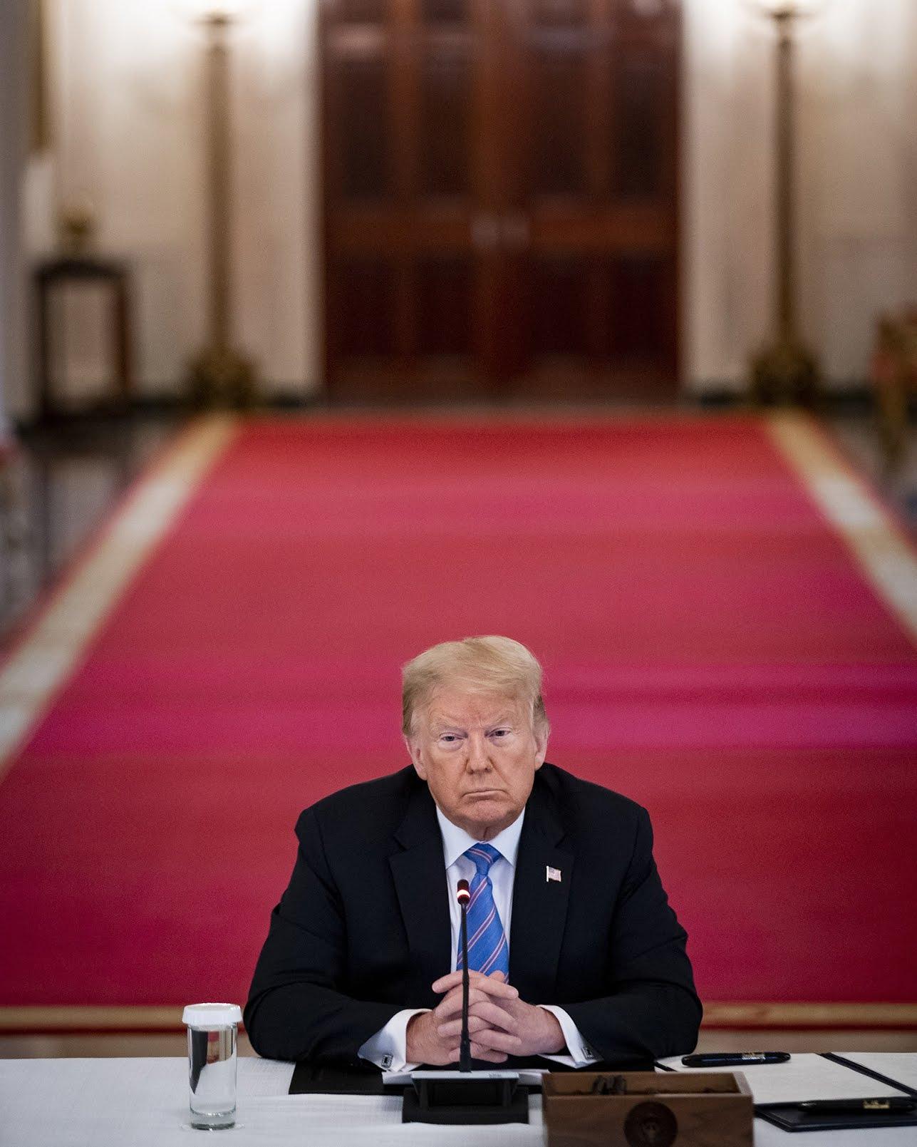 trump-is-losing-moral-1223044500.jpg